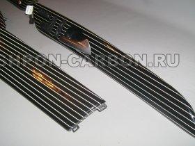 отделка рояльным лаком, черный лак, нанесения рисунка из оракала, Мерседес-Бенц ДжЛ