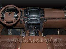 Перетяжка салона автомобиля кожей и алькантарой Тойота Лэнд Крузер 200